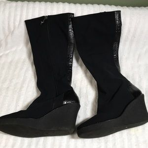Donald J Pliner Trike fabric stretch wedge boot